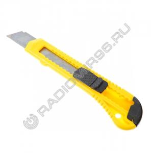 Нож ЕРМАК 685-017 универсальный 18мм малярный, квадратный фиксатор